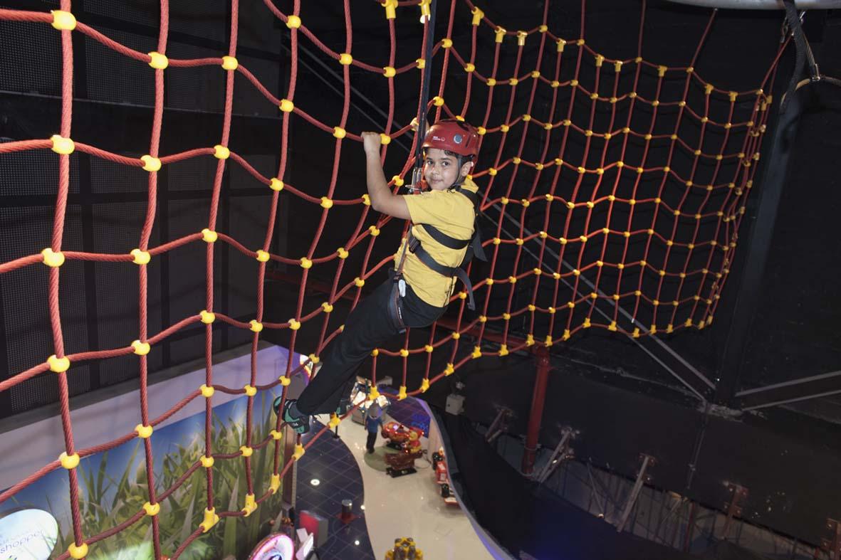 mirdif dubai suspended scramble net